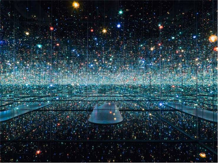 Infinity Mirrored Rooms